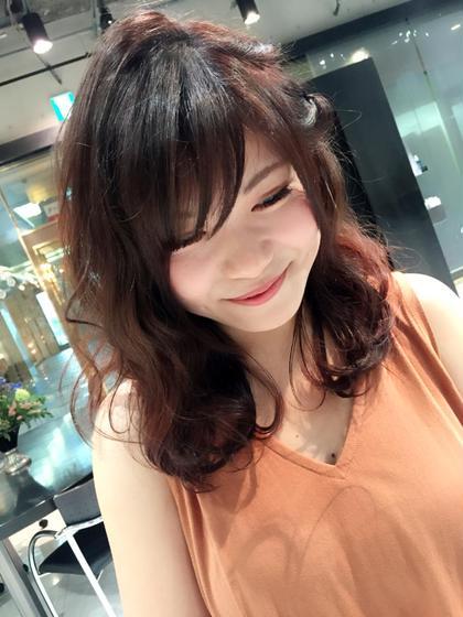 赤系のポイントカラー入ってます♡ affection所属・川上文菜のスタイル