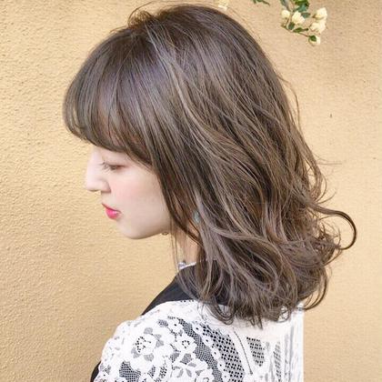 プレミアムカラーで透け感グレージュ ✨店長✨井町真人のミディアムのヘアスタイル