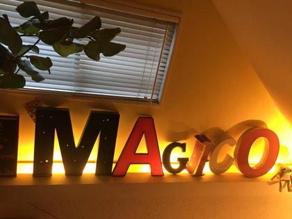2階に上がって magico所属・小島ひろな店長のスタイル