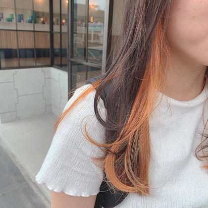 最近流行りのイヤリングカラー ❤︎ ❤︎ ❤︎ チラッと秋っぽいオレンジ🍊🧡