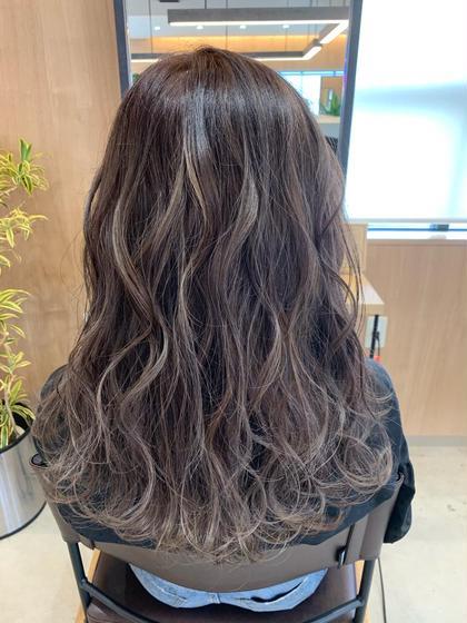 🏵2回目以降のお客様【✨モテ髪必須✨】ウルツヤぷる〜ん🎉✨ブリーチ無しでも透け感カラー‼️