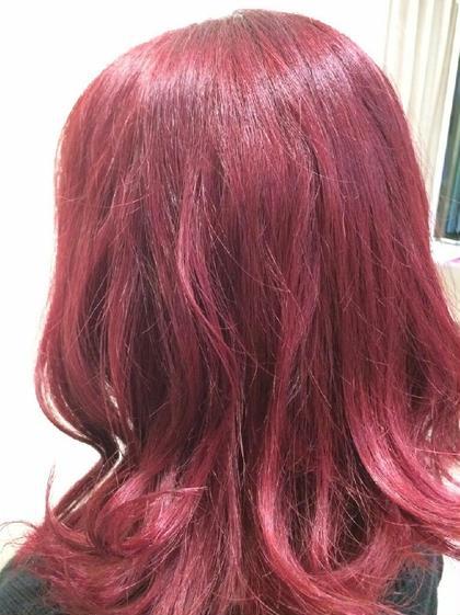 真っ赤にしたい方にオススメのカラー 元々明るかった毛先をナチュラルに繋げていきました!(*≧∀≦*) フリーランス原宿所属・橘豪志のスタイル