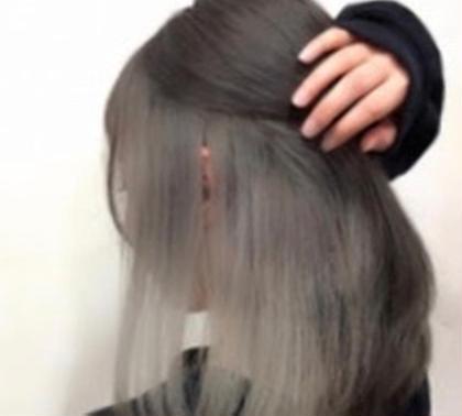 【自分だけのオリジナルカラーを!】インナーカラー(ブリーチ込)&全体フルカラー&毛髪改善トリートメント