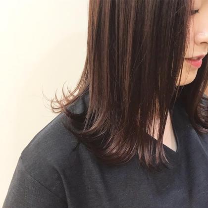 カラー ミディアム 暗めのレッドピンクです