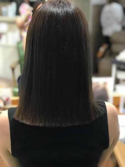 髪質改善超音波トリートメント 1秒間に100万回振動する超音波アイロンを使って浸透させていきます‼️