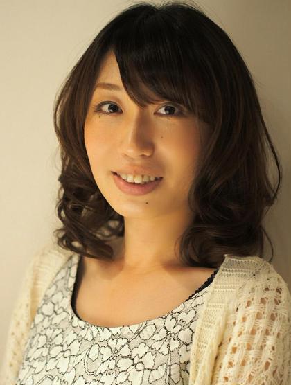 大人女子 hair Glad Room所属・続石(つづきいし)和希子のスタイル