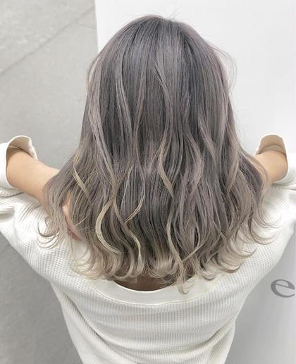 カラー セミロング ホワイトブリーチ、みるくていmPルーズ、個性的、自分らしさ、モード、無造作、ハイトーン、グラマラス、耳かけ、ラブ、クラシカル、伸ばしかけ、黒髪、マッシュ、大人かわいい、厚めバング、センターパート、斜めバング、美髪、トリートメント、ハイライト、3Dカラー