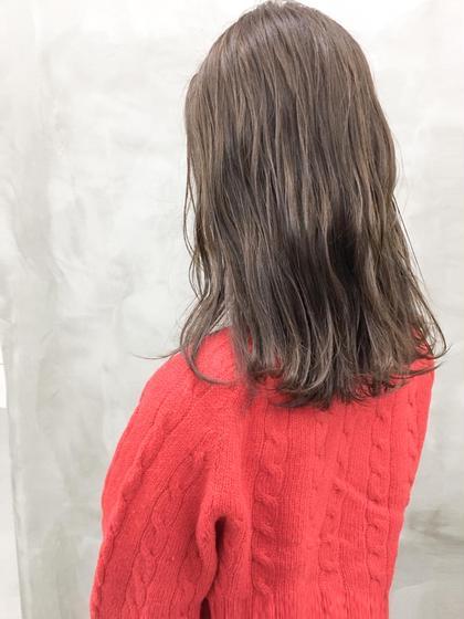 カラー すこしのパープルで モヤがかった質感。すてきです! #ミディアム#ベージュ#フォギーベージュ
