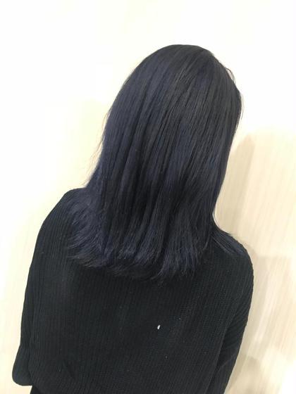 その他 カラー ミディアム ネイビーブルー☆  だいぶ暗めでですが、色落ちしても金髪にならずグレーのまま残ります! ベースの髪の毛はかなり明るくないと入らない色味です!