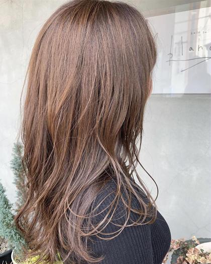 抜け感のあるロブstyle😊  ハイトーンでツヤ感を🙌 Le blanc hair gallery所属・masa のスタイル