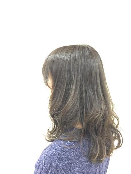 <透明感抜群>マッドアッシュカラー KENJE平塚LUSUCA所属・佐藤新士のスタイル