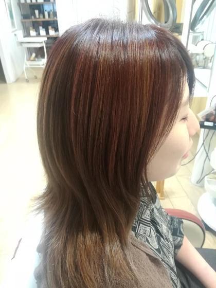 潤いカラー+内部修復トリートメントで、髪が生き返る♪髪を大切にしたい方におすすめ(*^^*)