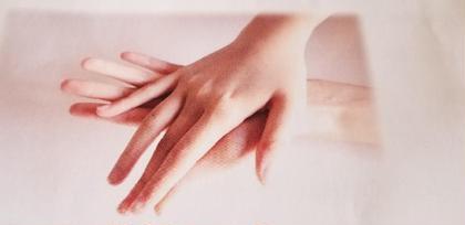 爪ピカネイル☆彡爪磨きとハンドマッサージ仕事柄、普段ネイルできない人にオススメです!爪をピカピカにお仕上げいたします