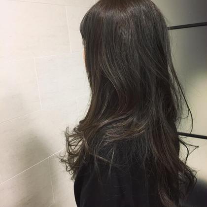 グレーアッシュ free-lance 完全マンツーマン 髪質改善ASTELLA所属・AKIHIROのスタイル
