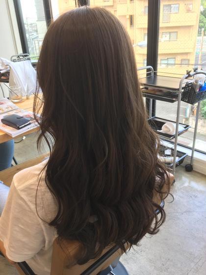 アッシュグレージュカラー⭐️ オレンジ味を消した透明感カラー! 駒村成美のヘアカラーカタログ