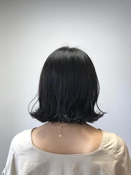 外ハネstyle ☆  表面にランダムに内巻き、外巻きを。 仕上げにオイルを揉み込むように ☆☆ Hair Lounge by BEAREA所属・桜井美紀のスタイル