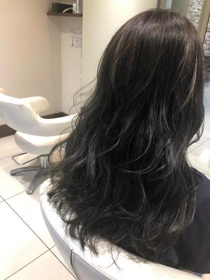 平野愛のロングのヘアスタイル