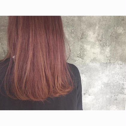 カラー セミロング ミディアム ロング Real salon work✂︎ [ディープベリーピンクカラー]  ブリーチ+ピンク系カラーをON☆ . #NAKAIstyle #ディープベリーピンクカラー#ピンクカラー#ブリーチ#お客様カラー