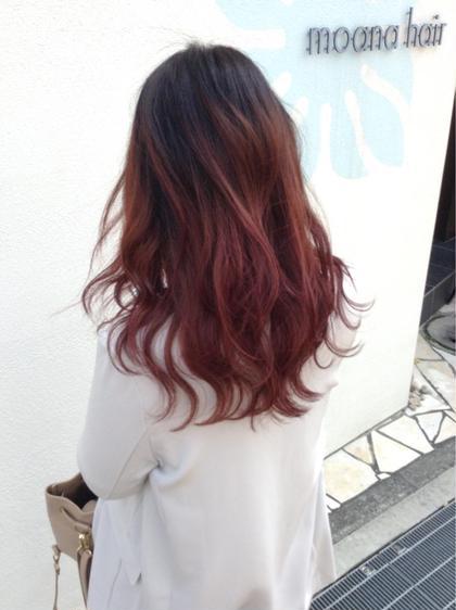 黒染め履歴ありからのピンクレッド♪♪境目が綺麗に馴染むようにブリーチしてます!!ブリーチは1回です(^^) moana hair所属・西村孝宏のスタイル
