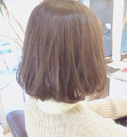 透明感のあるグレー中カラー♪ arte HAIR所属・佐藤幸奈のスタイル