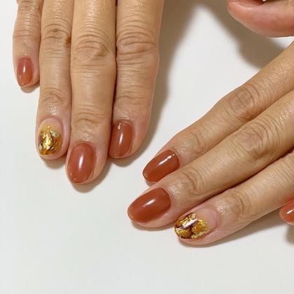 Nail salonAtre所属のサンショウマキのネイルデザイン