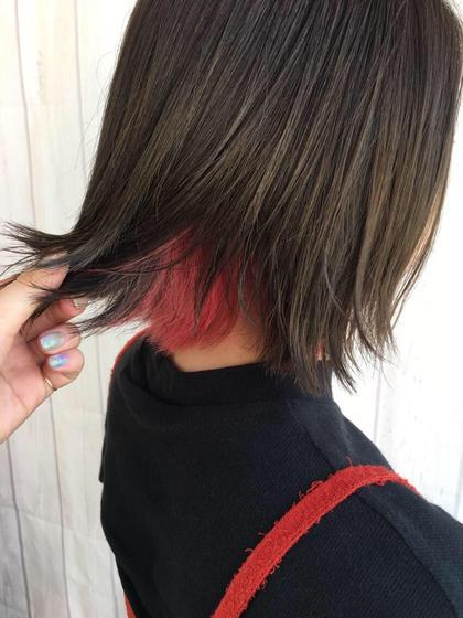 ベースは赤みを消したマットアッシュでインナーカラーに濃いめのピンクを入れた切りっぱなしボブ* quint:neolive所属・あずまひかりのスタイル