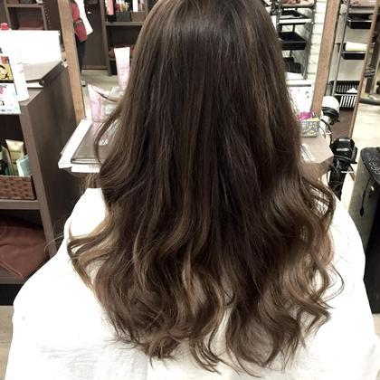 S/Sトレンド ブリーチなしナチュラルグラデーション hair Mission所属・SasakiRuiのスタイル