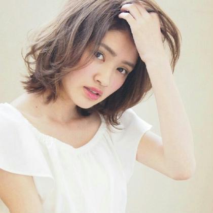 愛されふわボブスタイル  クリスタルアッシュ Maria by  Afloat所属・鎌倉彩のスタイル