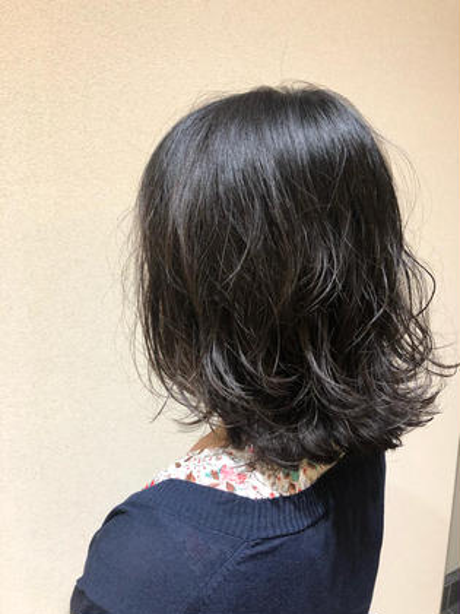 ⭐️小顔カット+デジタルパーマ⭐️⭐️トリートメントサービス⭐️