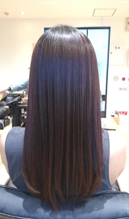 【髪質改善の酸熱トリートメント】  ぼわっと広がりやすく 乾燥毛の方におすすめのトリートメントです♪  乾燥で固くなった髪も やわらかでつるっとさらさらに 仕上がります。  ブリーチ毛や縮毛矯正毛の方でも 施術できるトリートメントです。  もわっとしたり 少しうねりのある方 エイジング毛でまとまらない方も 落ち着いた仕上がりに…  縮毛矯正をするか悩んでる方も 一度ご来店のうえ ご相談ください♪