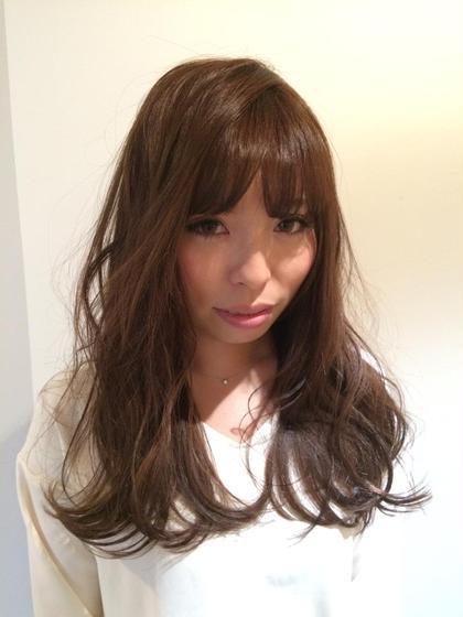 顔周りに動きがあるだけで今っぽく仕上がります 庵樹-anju-所属・富田麻亜子のスタイル