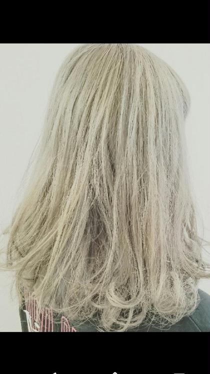 ブリーチを3回 シルバー、ホワイトまでしてみたい方にはオススメです!! Agu hair rio 本川越店所属・阿部拓磨のスタイル