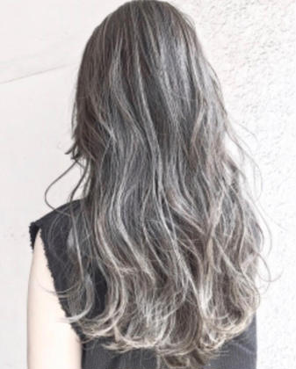 【2番人気】外国人風3Dハイライト+グラデーション(毛先ブリーチ込み)&全体フルカラー&髪質改善トリートメント