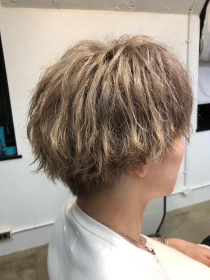anthem 表参道所属・トップスタイリスト細川勇輝のスタイル