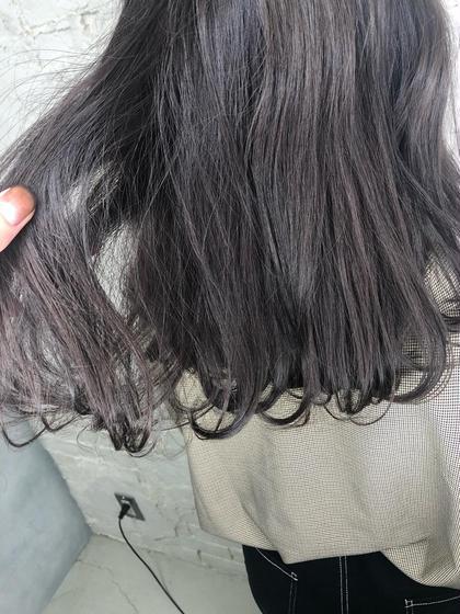 チョコレートパープル🍫🍇 光に当たるとほんのりパープル✨ 上田一真のセミロングのヘアスタイル