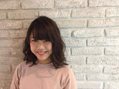 ラベンダーアッシュ☆ ゆるふわコテ巻き♪ MASHUADOBE店所属・藤田幸奈のスタイル
