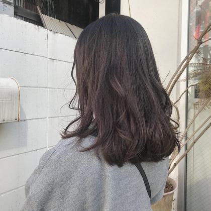 笠原由莉のミディアムのヘアスタイル