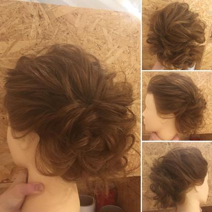 セミロング ヘアアレンジ ミディアム ゆるふわまとめ髪