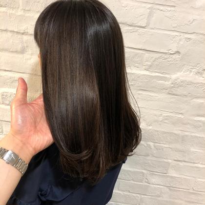 【初回】季節のオススメ🔆髪質改善トリートメントストレート 湿気や汗で崩れにくい髪 コスメストレート ストレートパーマ