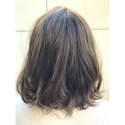 ⚠️ダメージで乾燥した髪に‼️3番人気‼️✨髪へのダメージが気になる方へ✨トリートメントヘアカラー & トリートメント✨