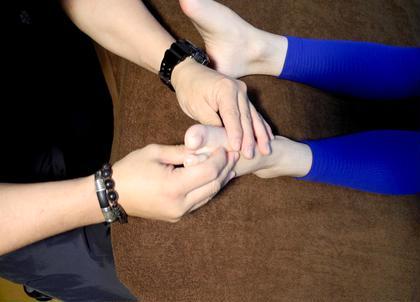 クリエイティブ外反母趾、足根骨ケアプラン60分8000