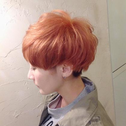 Wカラーでポップなオレンジカラー emue所属・西尾友里のスタイル
