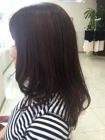 肩下の重めグラ。 仕上げはストレートアイロンで毛先に動きを つけました。 hair  VERDE所属・いけだゆうのスタイル