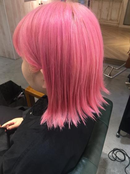 #Wcolor #colorshampoo #pinkcolor HayatoTokyo Omotesando所属・OtsukaMegumiのスタイル