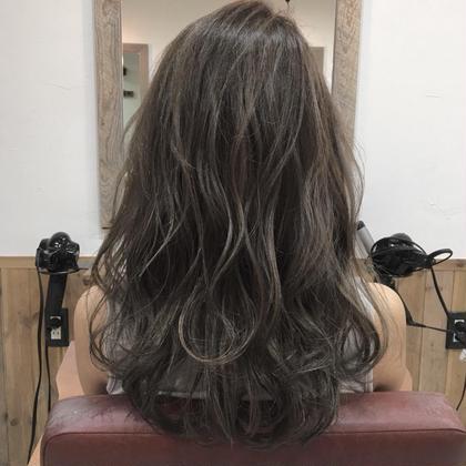 ハイライト+カラー hairdesignNORM所属・吉田裕太のスタイル