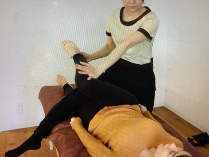 【初回限定】猫背や反り腰に!骨盤ボディケア60分