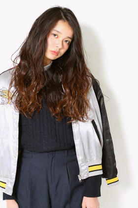 Dejave hair&space所属・富樫萌のスタイル