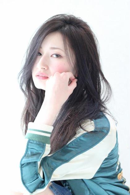 ほつれ髪ロングSTYLE♪ カラーはダークアッシュでクールに仕上げました(^^) RISE  SWELL所属・matsuotomoyaのスタイル