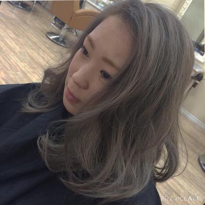 シルバーカラー❤️❤️ ブリーチ二回のtripleカラー hair&make ChouChou所属・松山仁美のスタイル