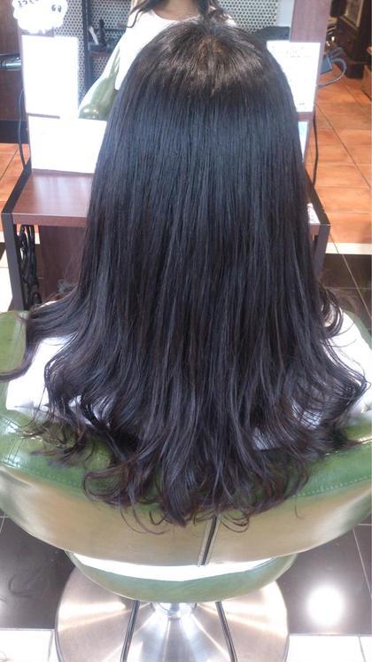 ロング ロングヘア。 デジタルパーマで毛先にしっかりかけました。 髪への負担が少ないのです。